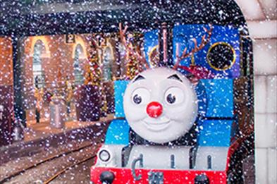 Thomas shelters from the snow at Sodor Station during Drayton Manor's Magical Christmas
