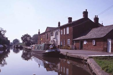 Coventry Canal near Fradley Junction