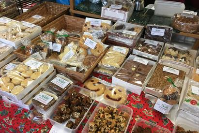 Christmas Fine Food and Craft Markets