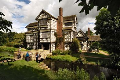 Little Moreton Hall copyright National Trust Images-John Millar