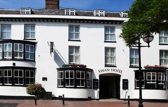 Front o the Swan Hotel