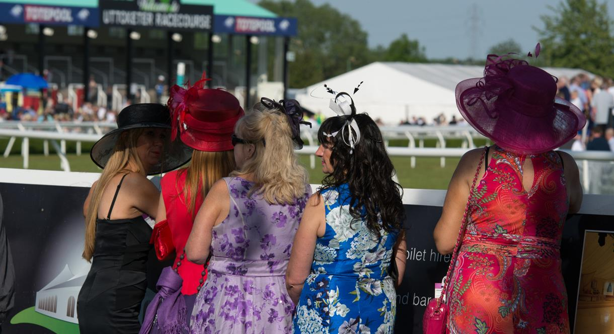 Ladies on Ladies Day at Uttoxeter Racecourse